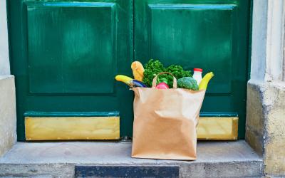 Courses en ligne, épiceries 2.0, drive : on mange quoi pendant le confinement ?